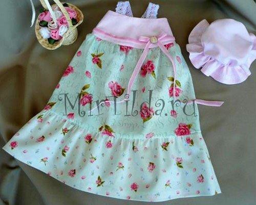 Платье на куклу тильду