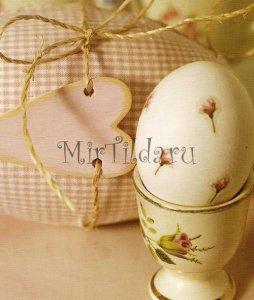 Пасхальное яйцо с рисунком тильда