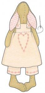 Пришиваем платье к тельцу зайки