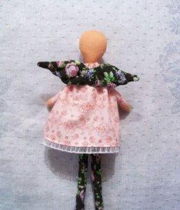 Крепим крылышки на принцессу