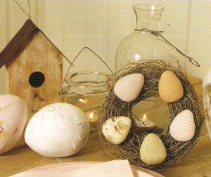 Пасхальные яйца тильда на венке